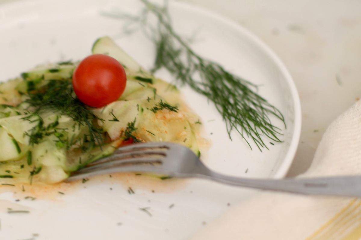 Hungarian cucumber salad(uborkasaláta)