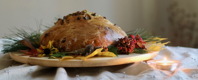 Halloween/Harvest bread (barmbrack)
