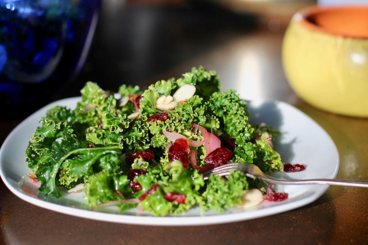 Kale salad with warm cranberryvinaigrette